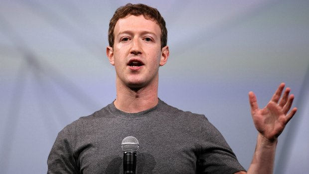 Facebook-chef biedt excuses aan in Britse kranten