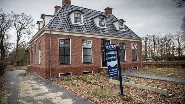 De woningmarkt nu instappen of wachten rtlz for Eigen huis te koop