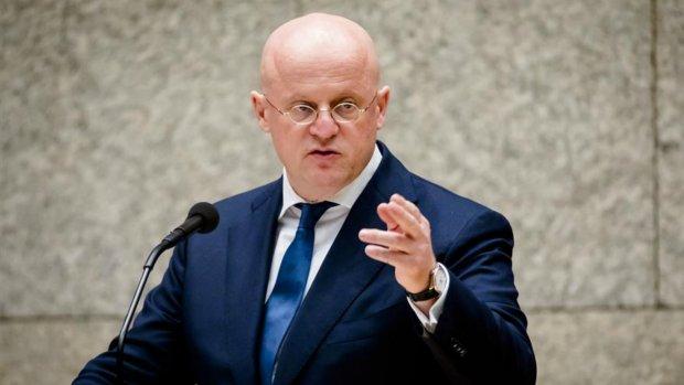 Minister roept scholen op aangifte te doen bij criminaliteit: 'We moeten hier tegenin gaan'