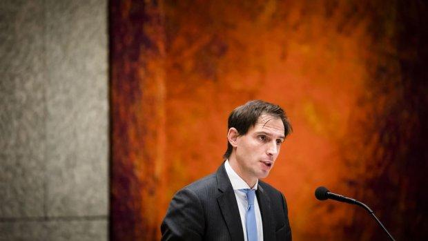 Hoekstra: Ik praat mee over opvolger ABN-commissaris Zoutendijk