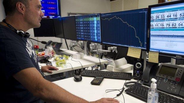 Beleggers vluchten in obligaties: tienjaarsrente onder nul, AEX onderuit