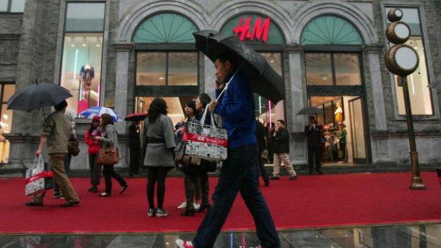 H&M en C&A onderzoeken arbeid door Chinese gevangenen