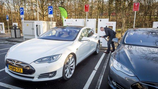 Elektrische auto pas na 700.000 km groen? 'Flauwe conclusie'