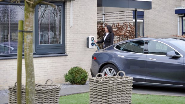 Laadpalenfabrikant Alfen wil naar de Amsterdamse beurs