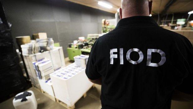 FIOD mag straks zelfstandig undercover en verdachten afluisteren