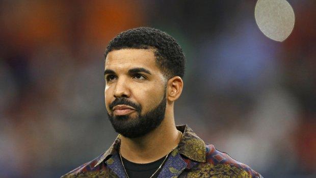 Spotify-abonnees willen geld terug vanwege Drake-promotie