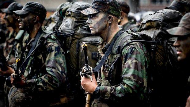 Veel mariniers nemen ontslag, eenheid stilgelegd