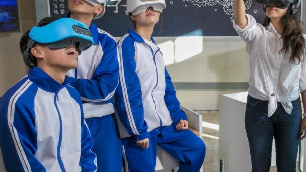 Draadloze VR-bril HTC dit jaar nog overal te koop
