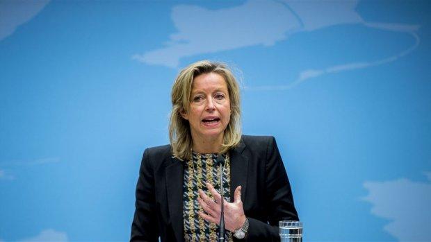 Minister Ollongren wil huisjesmelkers aanpakken