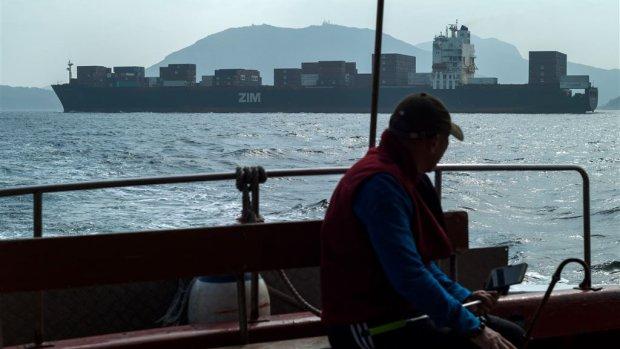 China stapt naar WTO in handelsoorlog met VS