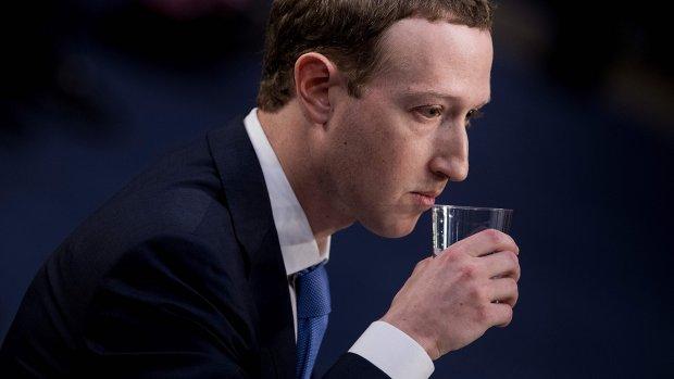 Facebookbaas: 'We dachten dat gestolen gegevens verwijderd waren'