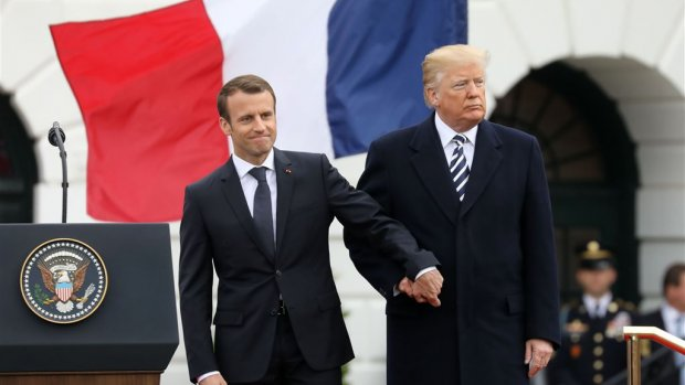 Trump en Macron praten over sancties tegen Iran