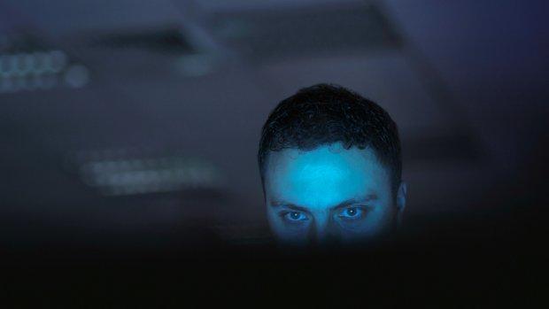 Oplichters hacken werkmailadressen om zo je salaris te kunnen stelen