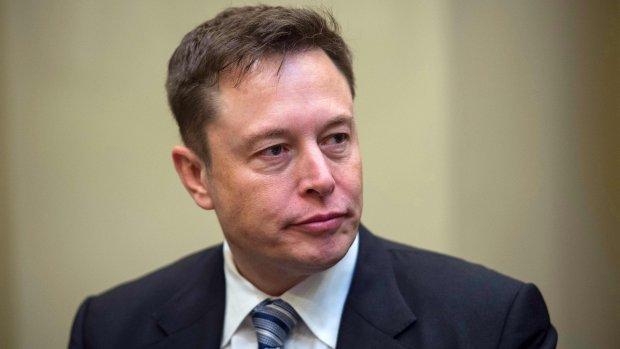 Tesla keihard onderuit door gedrag Musk