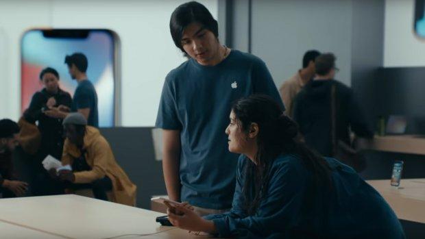 Samsung dist Apple met spotje over trage iPhones