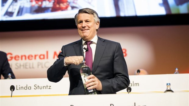Shell gaat beloning top aan klimaatdoelen koppelen