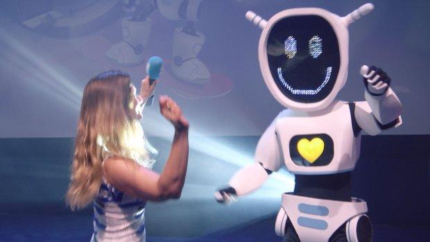 Nieuwe Albert Heijn-plaatjes laten kids spelen met virtuele robot