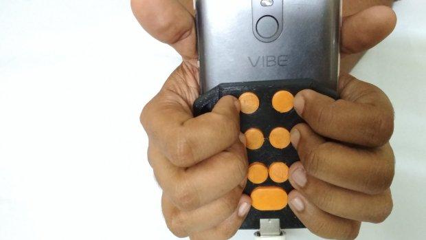 Braille-toetsenbordje voor smartphones