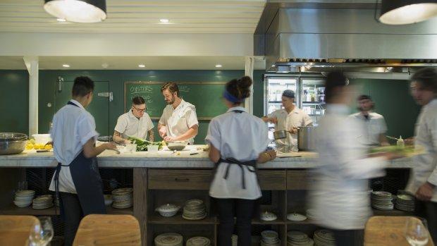 The Seafood Bar wil alleen het allerbeste personeel