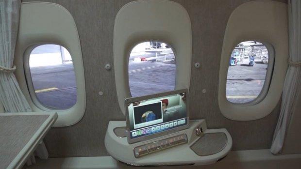 Emirates wil ramen in vliegtuigen vervangen door schermen