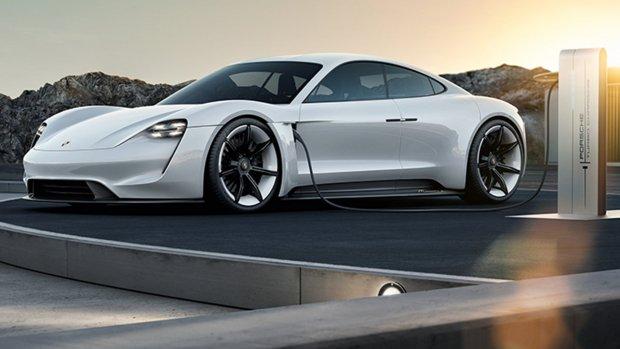 Ruim 20.000 potentiële kopers eerste elektrische Porsche