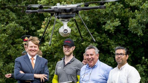 Willem-Alexander mag niet met een drone in zijn tuin vliegen