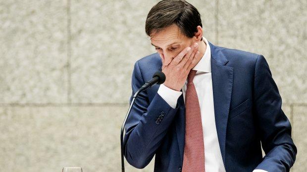Minister met privéjet (11.750 euro) naar Berlijn: 'We konden niet anders'