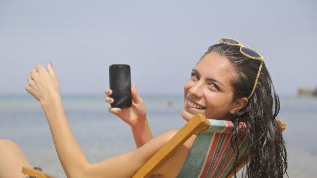 Op reis buiten de EU? Zoveel betaal je voor mobiel internet