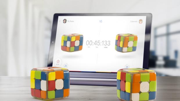 Handig: Rubik's Cube verbindt met internet, helpt je verder komen
