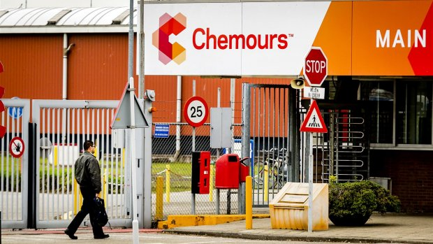 Afval Chemours in lucht, grond en water