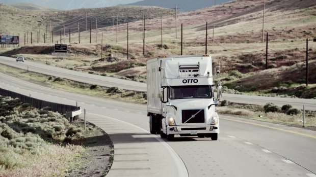 'Uber parkeert autonome trucks: focus op zelfrijdende auto's'