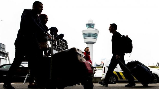 Storing Schiphol verholpen, vliegverkeer weer volgens plan