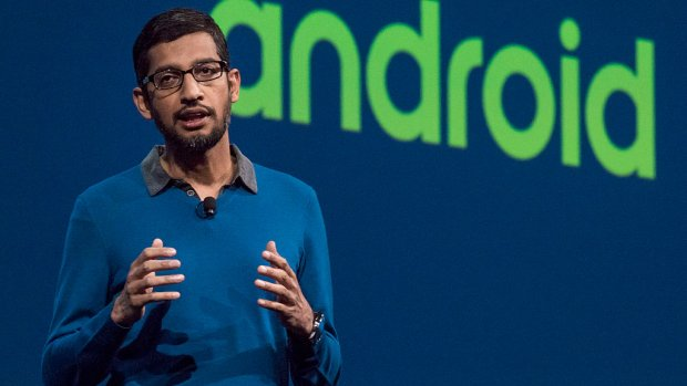 Google-baas Pichai belt met Brussel over Android-boete