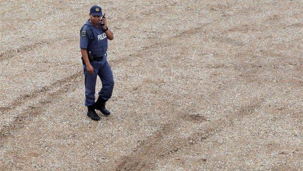 Taxibusje doorzeefd in Zuid-Afrika: 11 doden