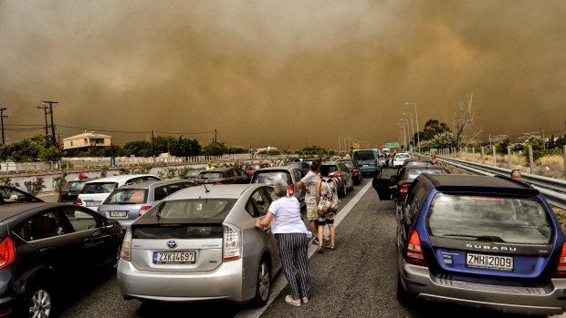Cindy getuige van tragedie Griekenland: 'Het werd vreselijk heet'