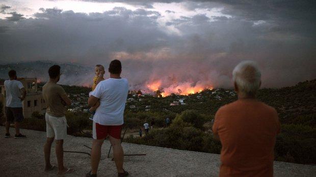 'Vreselijke tragedie door bosbranden in Griekenland'
