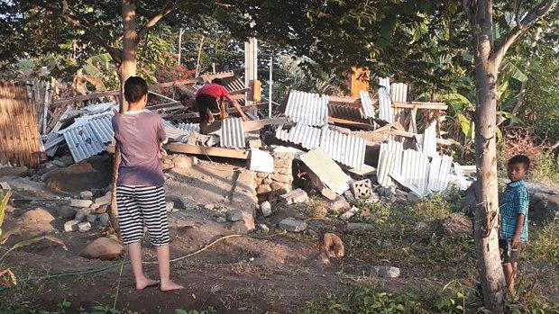 Twaalf doden na krachtige aardbeving op toeristeneiland Lombok