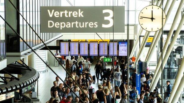 Beveiligers Schiphol mogen acties een klein beetje opvoeren