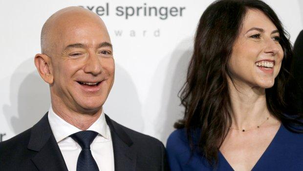 Bezos doet er een schepje bovenop in spacerace met Musk