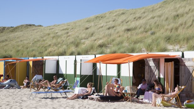 Jonge vandalen breken in bij 120 strandhuisjes