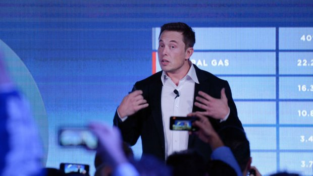 Woedende beleggers slepen Musk en Tesla voor de rechter