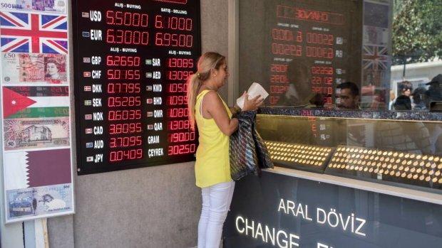 Turkse lira nog verder omlaag