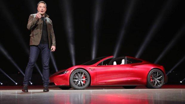 Tesla-baas geeft uitleg over vreemde tweets