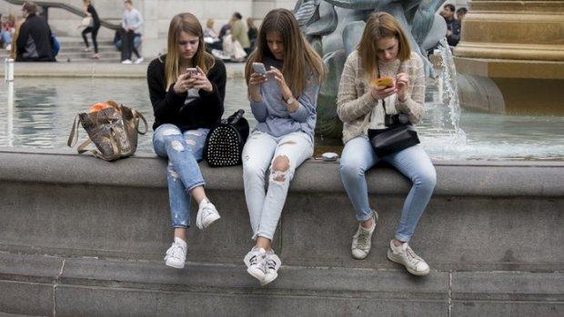 Groot onderzoek: social media maken tieners echt niet ongelukkig