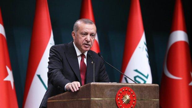 Erdogan wil VS raken met heffingen op tabak, make-up en auto's
