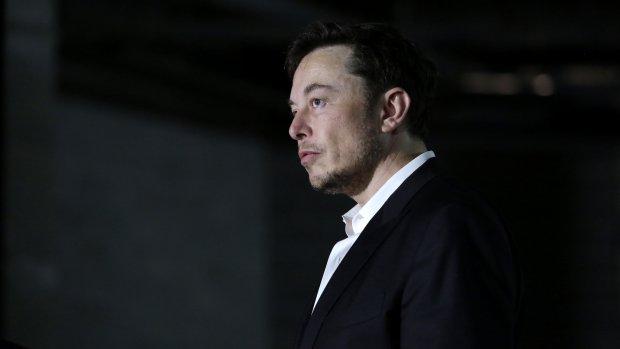 Musk heeft geen spijt van omstreden tweet: 'Ik was niet stoned'
