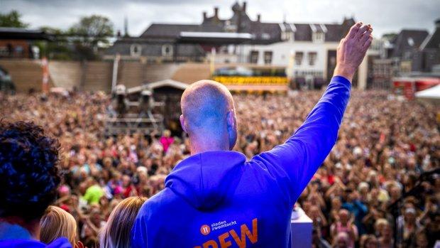 Ook huldiging voor Van der Weijden in woonplaats Waalwijk