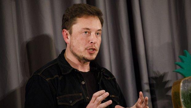 Emotionele oproep aan Musk om minder te werken