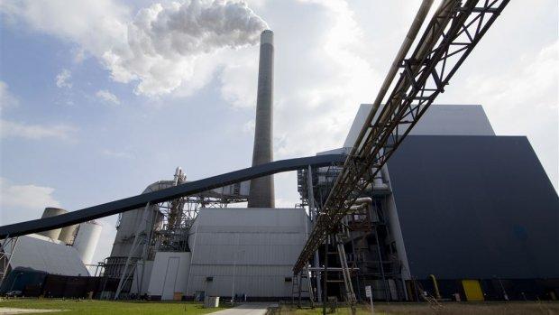 Handel in CO2-uitstoot levert schatkist half miljard op