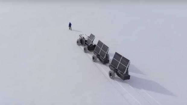 Video: koppel reist met 3D-geprinte auto naar Zuidpool